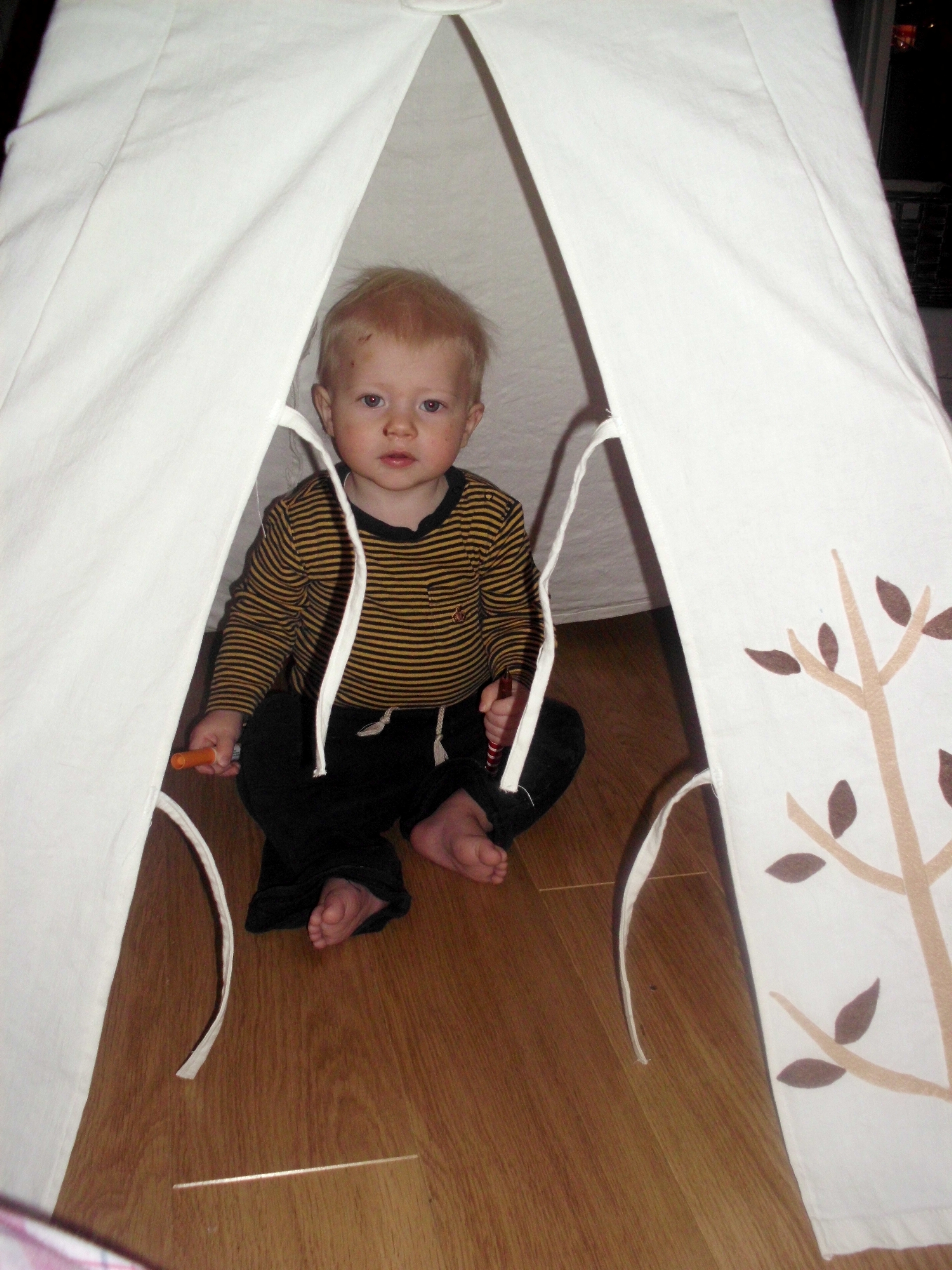 instructions for making a play teepee